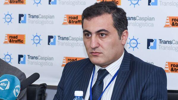 Заведующий отделом по связям с общественностью и агитации Бакинского транспортного агентства при Кабинете министров АР Маис Агаев - Sputnik Азербайджан