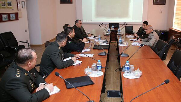 Рабочая встреча между военными специалистами Азербайджана и Франции по кибербезопасности - Sputnik Азербайджан