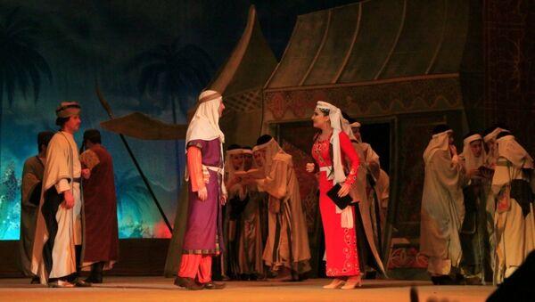 Спектакль Лейли и Меджнун Узеира Гаджибейли, фото из архива - Sputnik Азербайджан
