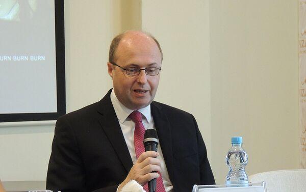 Заместитель посла Великобритании в Азербайджане Стефан Маккормак - Sputnik Азербайджан