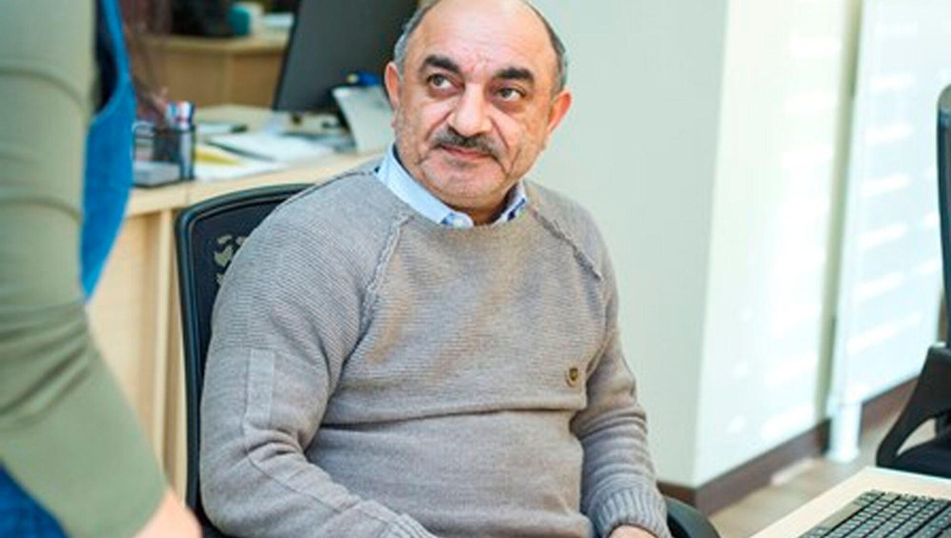 Sədrəddin Soltan, siyasi ekspert  - Sputnik Азербайджан, 1920, 06.08.2021