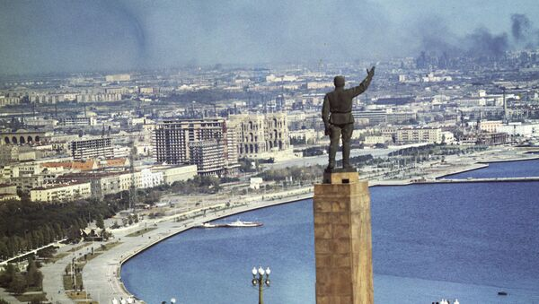Вид на город Баку — столицу Советского Азербайджана, 1970 год - Sputnik Азербайджан