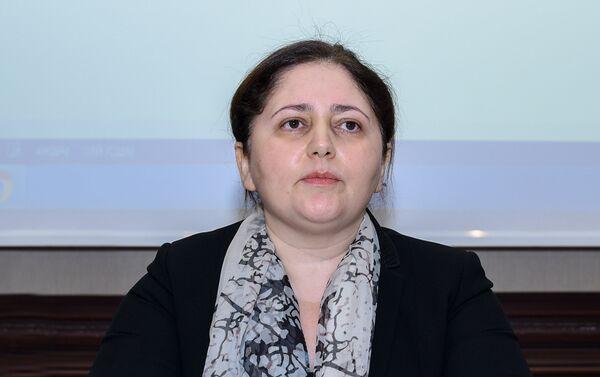 Заместитель председателя Государственного комитета по проблемам семьи, женщин и детей Айнур Софиева - Sputnik Азербайджан