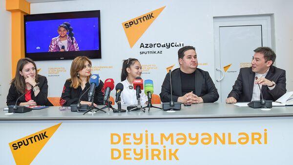 Пресс-конференция участницы проекта Ты супер! Хошгедем Мехтиевой - Sputnik Азербайджан