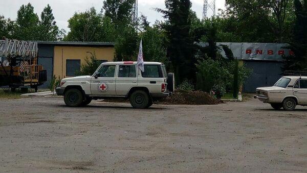 Машина Международного комитета Красного Креста в Агдаме - Sputnik Азербайджан