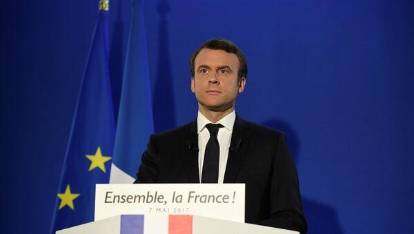 Избранный президент Франции Эммануэль Макрон - Sputnik Азербайджан