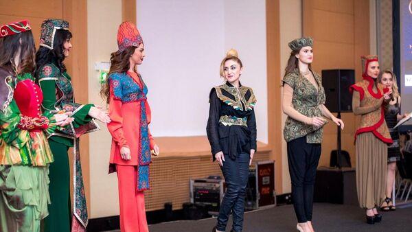 Дизайнер Гюльнара Халилова представила свою новую коллекцию в Вене - Sputnik Азербайджан