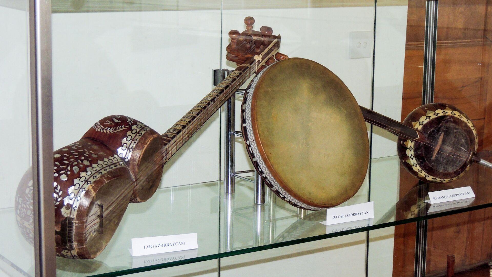 Выставка Музыкальные инструменты исламского мира - Sputnik Azərbaycan, 1920, 22.09.2021