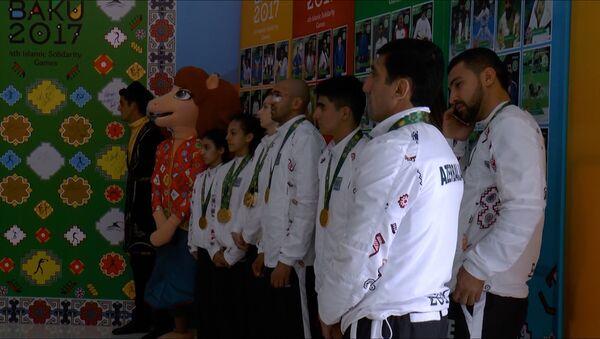 İslamiadanın azərbaycanlı medalçıları: əsas azarkeşlərdir - Sputnik Azərbaycan
