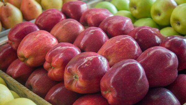 Фрукты, яблоки - Sputnik Азербайджан