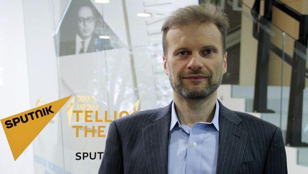 Специалист в области кибербезопасности, генеральный директор компании Zecurion Алексей Раевский - Sputnik Азербайджан