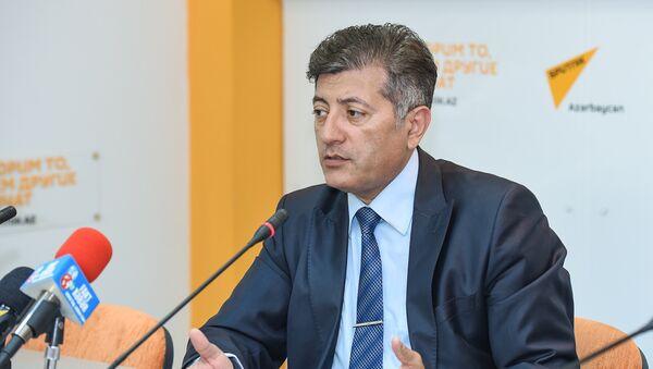 Директор Центра нефтяных исследований Ильхам Шабан - Sputnik Азербайджан