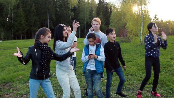 Дети из Ты супер! вновь вместе в Москве - Sputnik Азербайджан