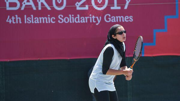 Индивидуальные и парные соревнования по теннису IV Игр Исламской солидарности - Sputnik Azərbaycan