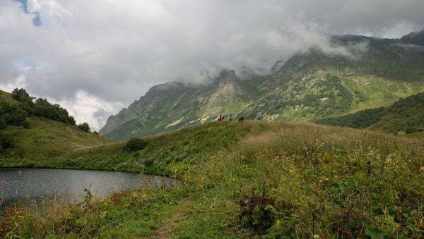 Qafqaz dağları, arxiv şəkli - Sputnik Azərbaycan