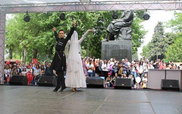 Дни культуры пяти стран, принимающих участие в IV Играх исламской солидарности, прошли в Баку - Sputnik Азербайджан
