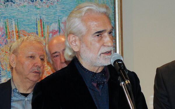 Выступление народного художника Азербайджана, секретаря Союза художников Агали Ибрагимова - Sputnik Азербайджан