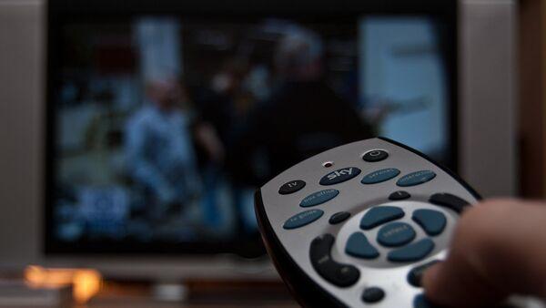 Пульт дистанционного управления телевизором - Sputnik Азербайджан