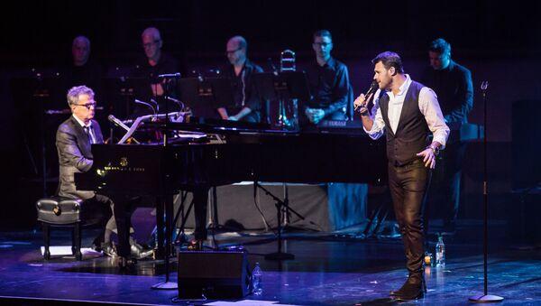 Эмин Агаларов во время концерта в Нью-Йорке - Sputnik Азербайджан