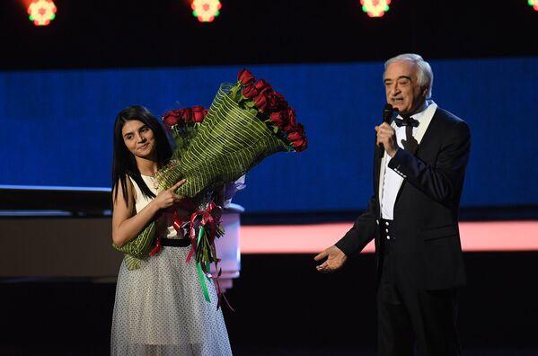 Поладь Бюльбюль оглы и Парвана Алджанова - Sputnik Азербайджан