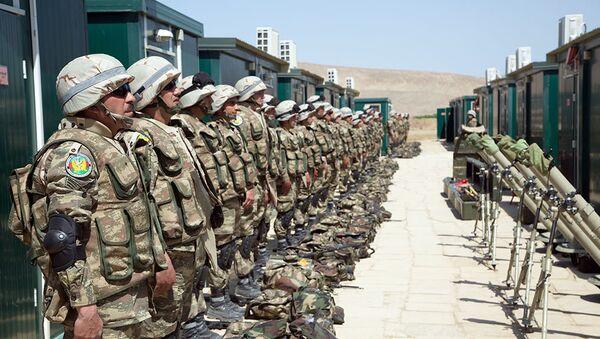 Военнослужащие ВС Азербайджана, фото из архива - Sputnik Азербайджан