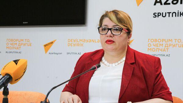Президент Ассоциации больных гемофилией, правозащитница Гюльнара Гусейнова - Sputnik Azərbaycan