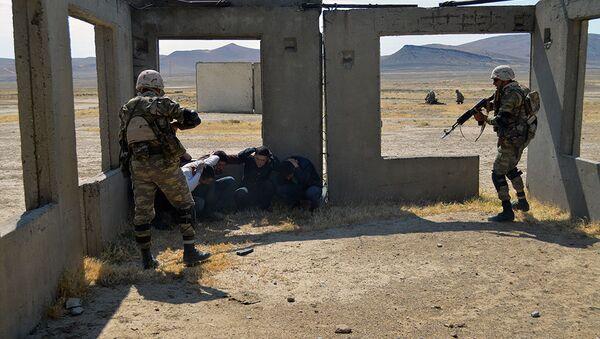 Завершилось оценочное учение НАТО с батальоном ОСС Вооруженных сил Азербайджана - Sputnik Азербайджан