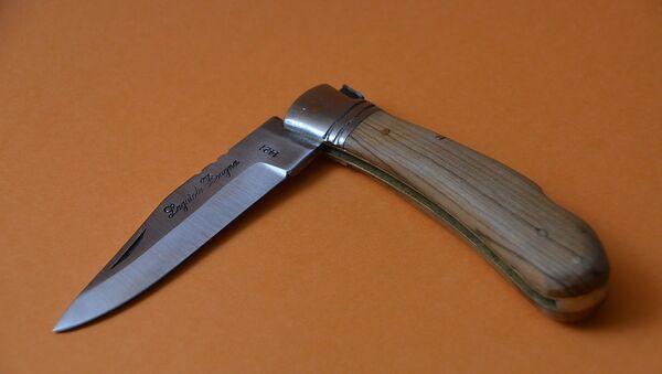 Нож, фото из архива - Sputnik Azərbaycan
