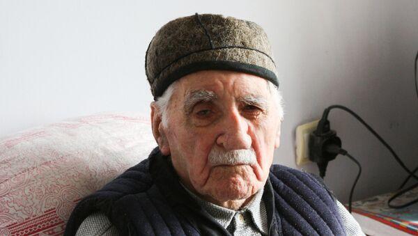 Фамиль Алиев - Sputnik Азербайджан
