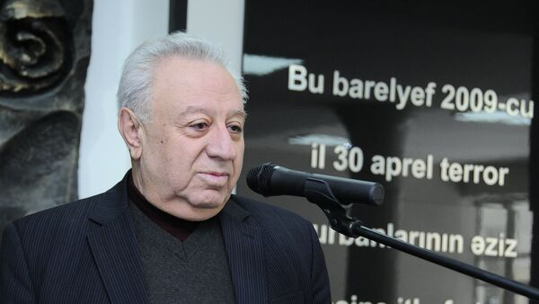Депутат Милли Меджлиса Гусейнбала Мираламов - Sputnik Азербайджан