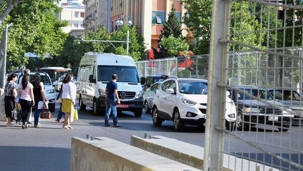 Защитный барьер Формулы-1 в Баку - Sputnik Азербайджан
