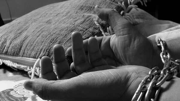 Связанные руки, фото из архива - Sputnik Azərbaycan