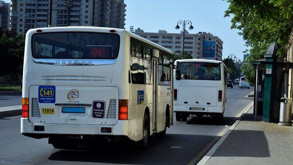 Старые автобусы в Баку - Sputnik Азербайджан