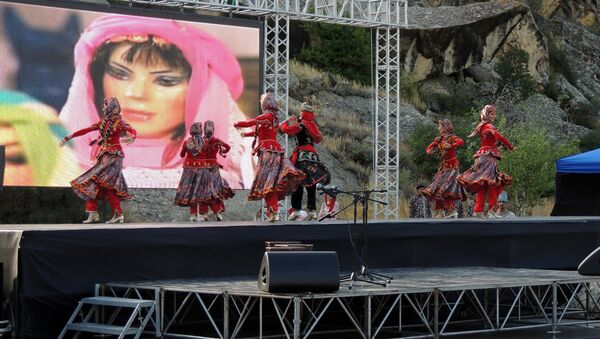 Концерт в заповеднике Гобустан - Sputnik Азербайджан