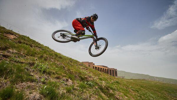Чешская группа вело-байкеров Zam побывала в Азербайджане - Sputnik Азербайджан