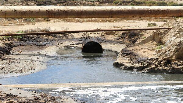 Сток канализационных вод, фото из архива - Sputnik Азербайджан
