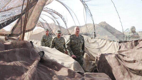 Президент Ильхам Алиев в Н-ской воинской части в Агдаме - Sputnik Азербайджан