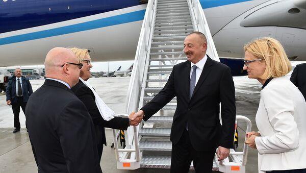 Президент Ильхам Алиев прибыл с официальным визитом в Польшу - Sputnik Азербайджан