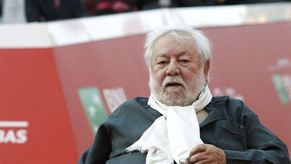 Итальянский комедийный актер, режиссер и сценарист Паоло Вилладжо, фото из архива - Sputnik Azərbaycan