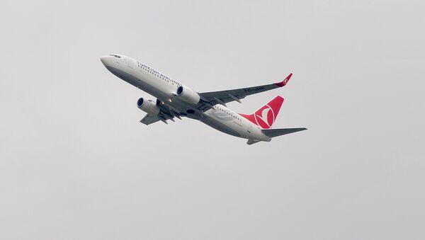 Türk hava Yollarının təyyarəsi, arxiv şəkli - Sputnik Азербайджан