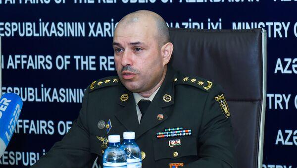Глава пресс-службы Минобороны АР полковник Вагиф Даргяхлы - Sputnik Азербайджан