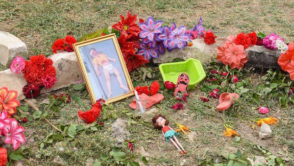 Место убийства двухлетней Захры Гулиевой - Sputnik Азербайджан