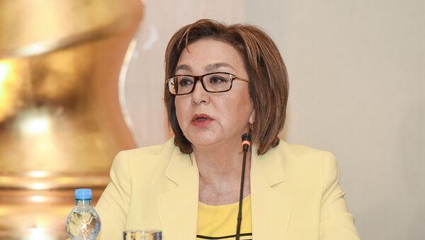 Председатель Совета директоров Государственного экзаменационного центра Малейка Аббасзаде - Sputnik Азербайджан