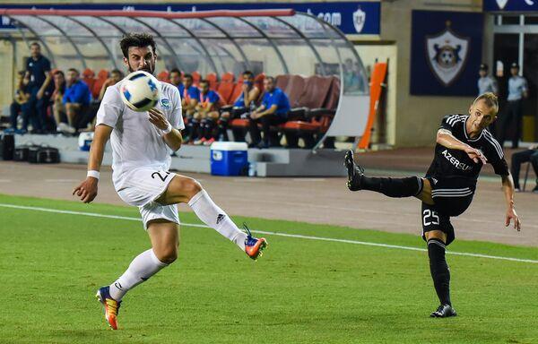 Матч 2-го квалификационного раунда Лиги чемпионов между азербайджанским клубом Карабах и грузинским Самтредиа. - Sputnik Азербайджан
