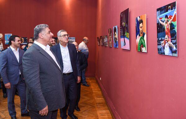 Открытие выставки IV Игры исламской солидарности глазами азербайджанских фотографов - Sputnik Азербайджан