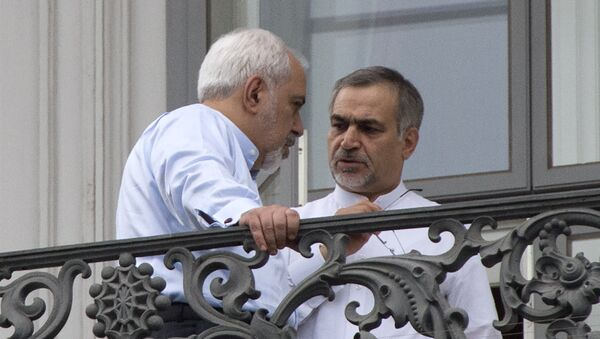 Брат президента Ирана Хасана Роухани Хуссейн Ферейдун (справа), фото из архива - Sputnik Азербайджан