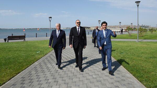 Президент Ильхам Алиев в комплексе Нерекенд в Пираллахинском районе Баку - Sputnik Азербайджан