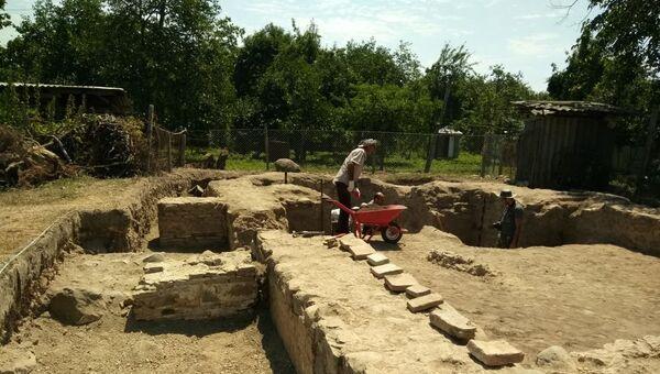 Археологические раскопки в селе Тюлю Балакенского района - Sputnik Азербайджан