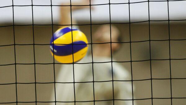 Во время открытой тренировки волейбольного клуба - Sputnik Азербайджан