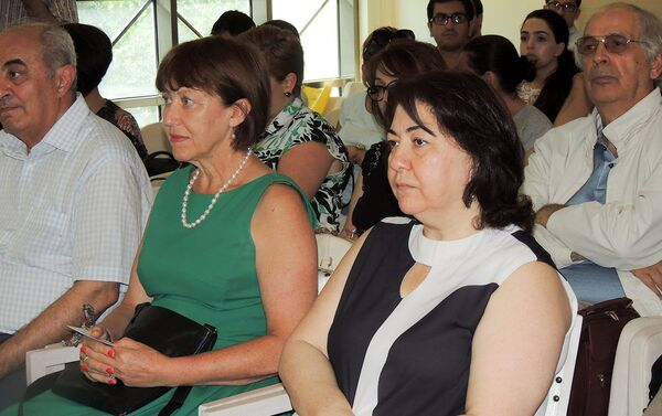 В киноцентре Низами при поддержке British Council прошла презентация новой модели кинокомиссии - Sputnik Азербайджан
